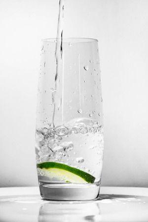 Szklanka wody kserostomia